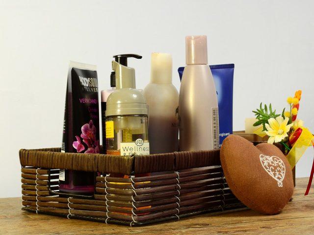 Czy warto kupować kosmetyki w sieci?